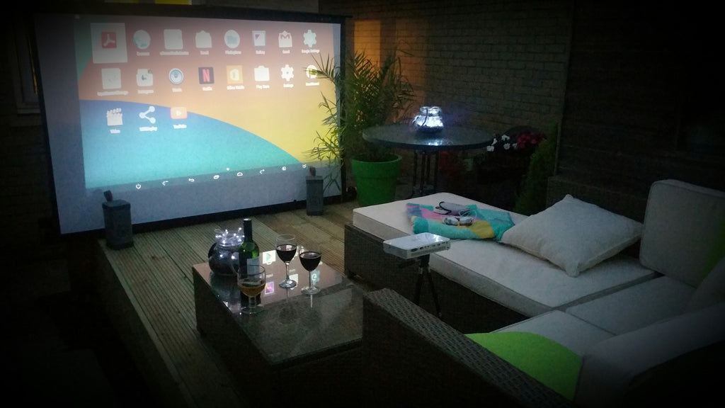 Outdoor garden cinema