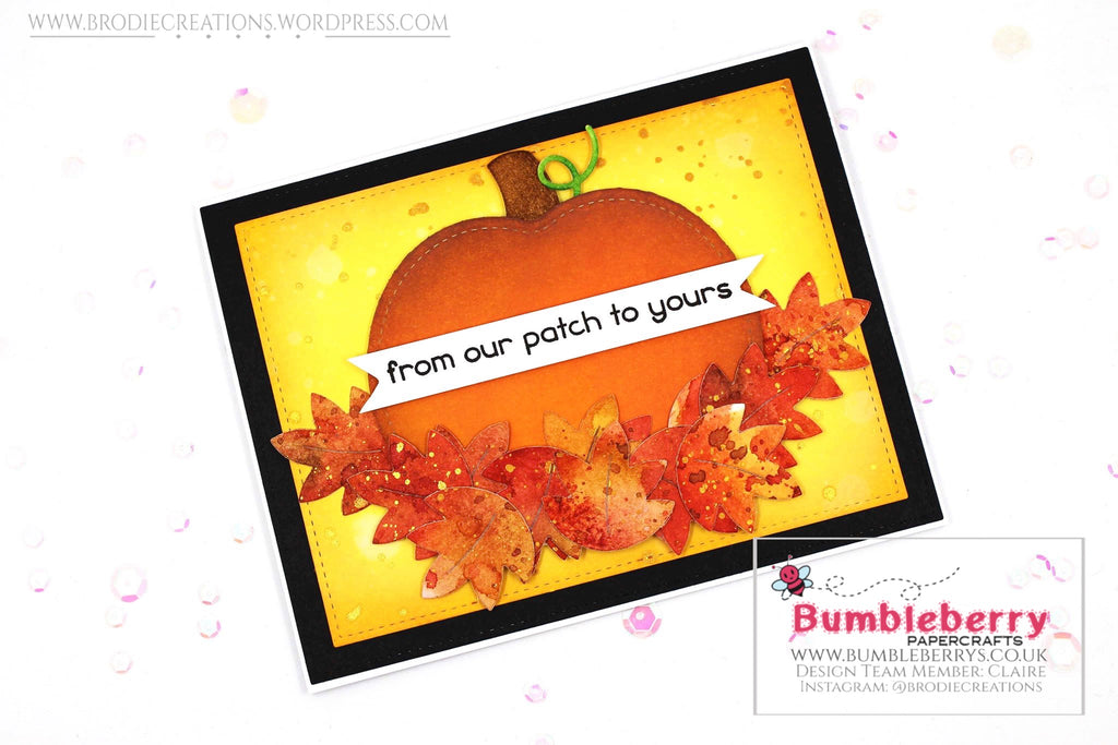 "Autumnal Themed Card Using Lawn Fawn's ""Outside-In Stitched Pumpkin"" Dies!"