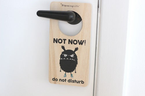 "Bloomingville Mini dørskilt til børneværelset. ""Not now - do not disturb""."