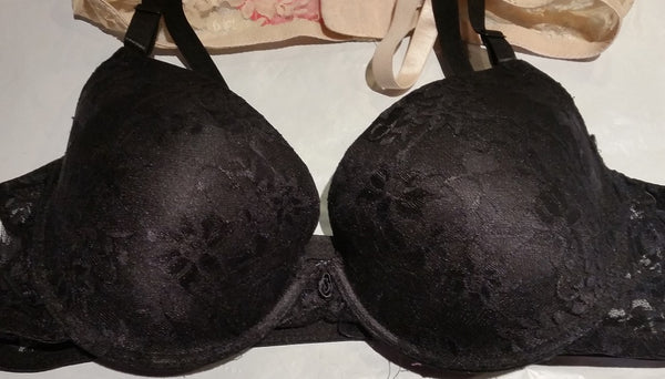 2Pack Plus-Size Black and Beige Lace Bras - Size 44D