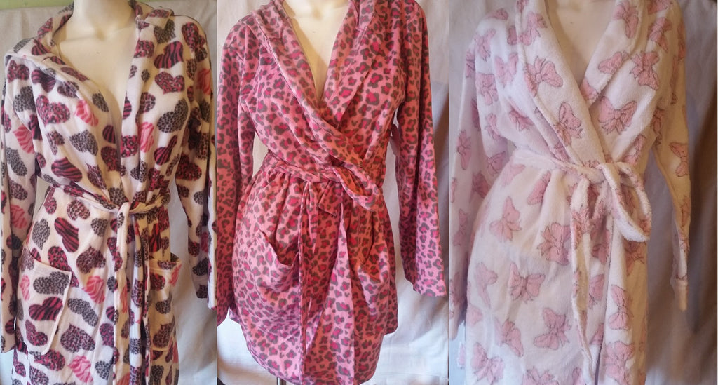Women's Assorted Fleece Robes - 6 units