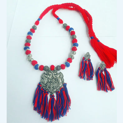 Ethnic Thread Necklace 1