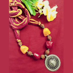 Amba Necklace 2