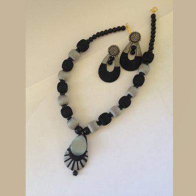 Black and Grey Necklace set