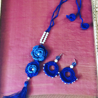 Blue Crochet Flower Necklace Set