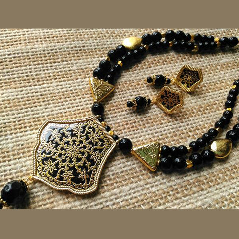 Black Royal Agates Theva Necklace Set