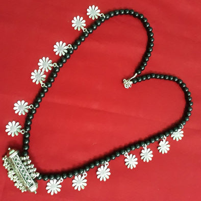 Maduli Flower Necklace