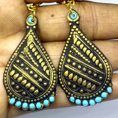 Black and Gold Daily Wear Earring