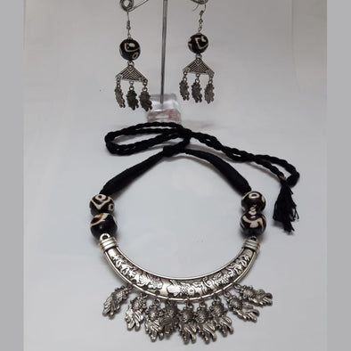 Hansuli Necklace Set