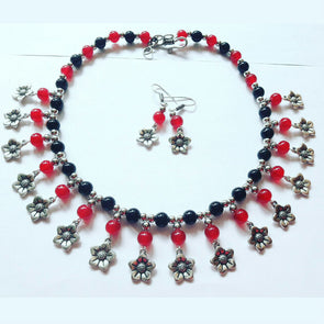 Glass Beads Floral Necklace