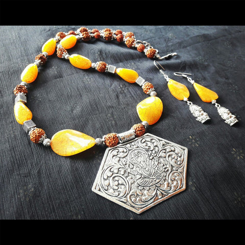 Ganpati Pendant Thread Necklace