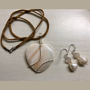 Mother of Pearl Set with Potato Pearls