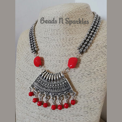 Pretty Red Moti Necklace