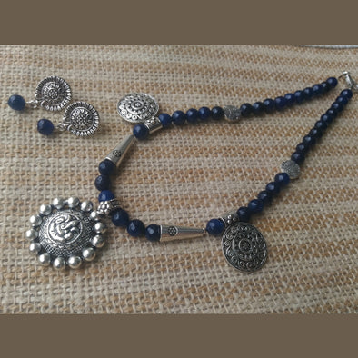 Moraya blue agates necklace