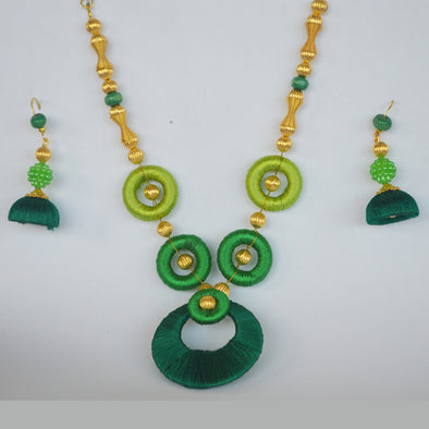 Green Necklace Set