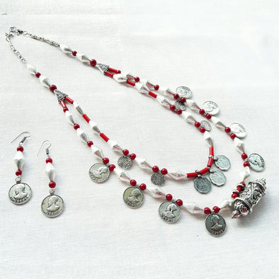 Dholki Maduli Statement necklace