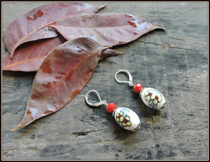 Porcelain Bead Earrings 01