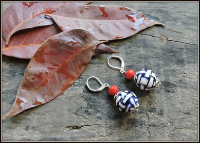 Porcelain Bead Earrings 02