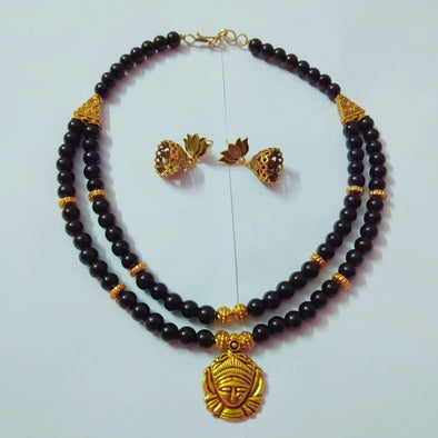Black And Golden Neckpiece
