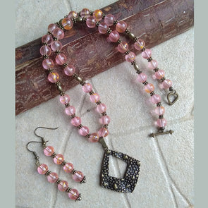 Pink Necklace Set