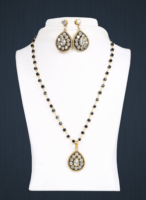 Brass Pendant Necklace Set 2