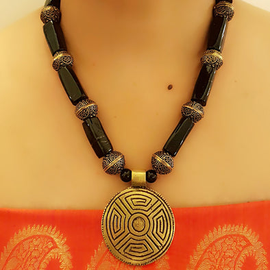 The Bead Story - Black Glass Beads Necklace with Pendant
