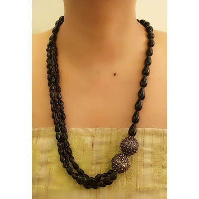 Black Glass Beads Necklace 3
