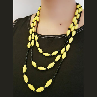 Paper Bead Necklace 2