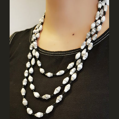 Paper Bead Necklace 34