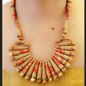 Paper Bead Necklace 40