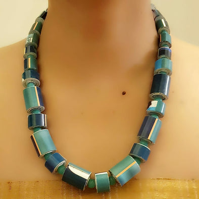 Paper Bead Necklace 62