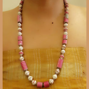 Paper Bead Necklace 63