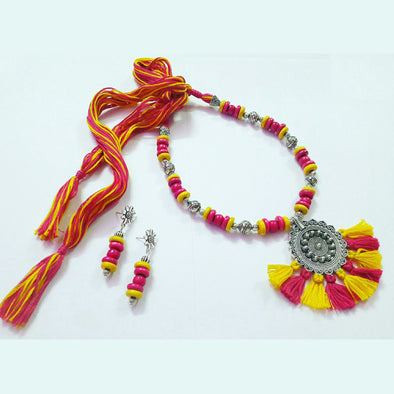 Wood Beads Thread Statement Neckpiece 1