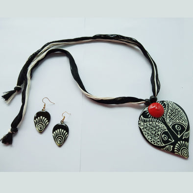 Madhubani Paintings Neckpiece
