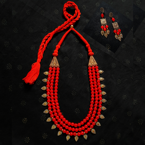 Red Glassbeads Statement Necklace