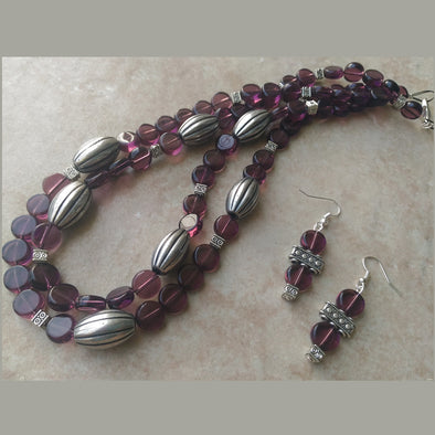 Purple pride necklace set