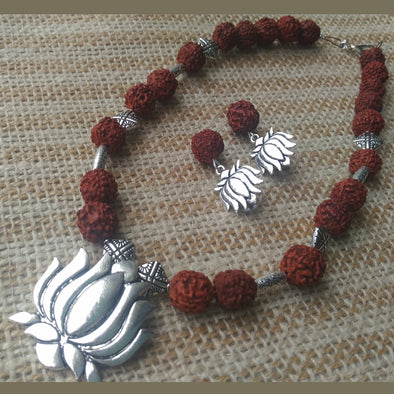 Rudraksha Lotus Necklace Set