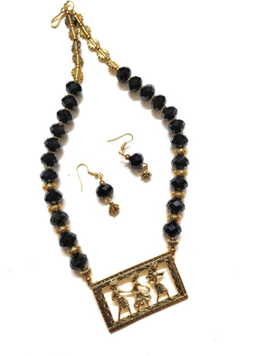 Black Crystal Beaded Golden Neckpiece/Necklace Set