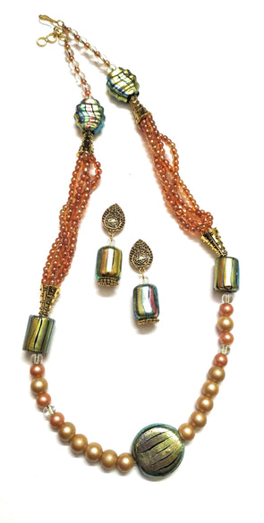 Itsy Bitsy Kolkata Handmade Indian Artificial Pearl Beaded Golden Necklace/Jewellery Set