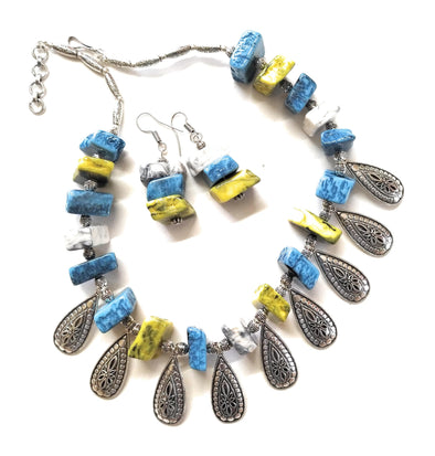Multicolour Asymmetric Chemical Beaded Tribal Style Necklace Set
