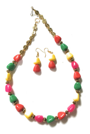 Multicolour Golden Neckpiece/Necklace Set