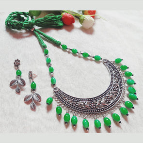 Amrapali Hansuli with Green Beads
