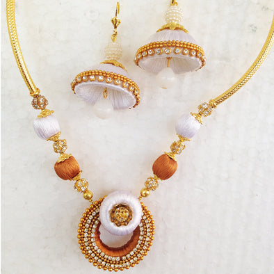 Golden and White Necklace Set