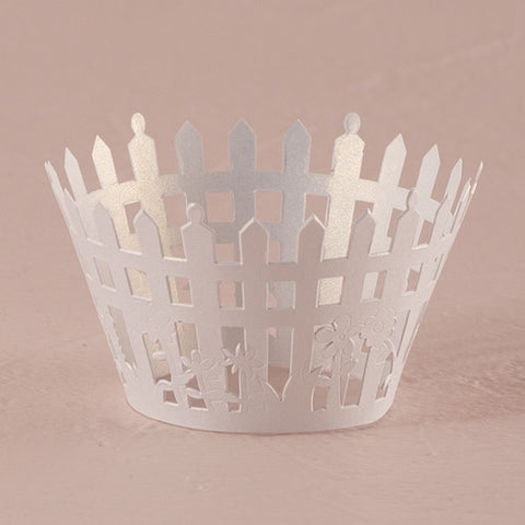 Picturesque Picket Fence Filigree Paper Cupcake Wrappers|Enveloppes à cupcakes en papier filigranes en piquets de clôture
