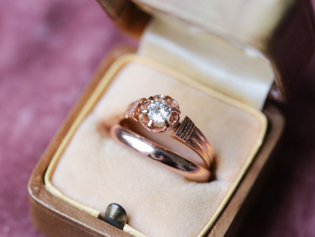 Victorian engagement ring and wedding band set