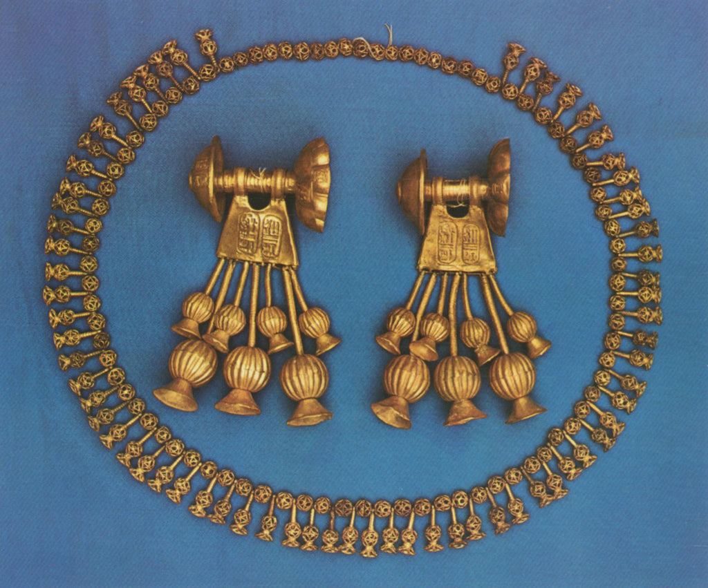 Egyptian earrings and necklace