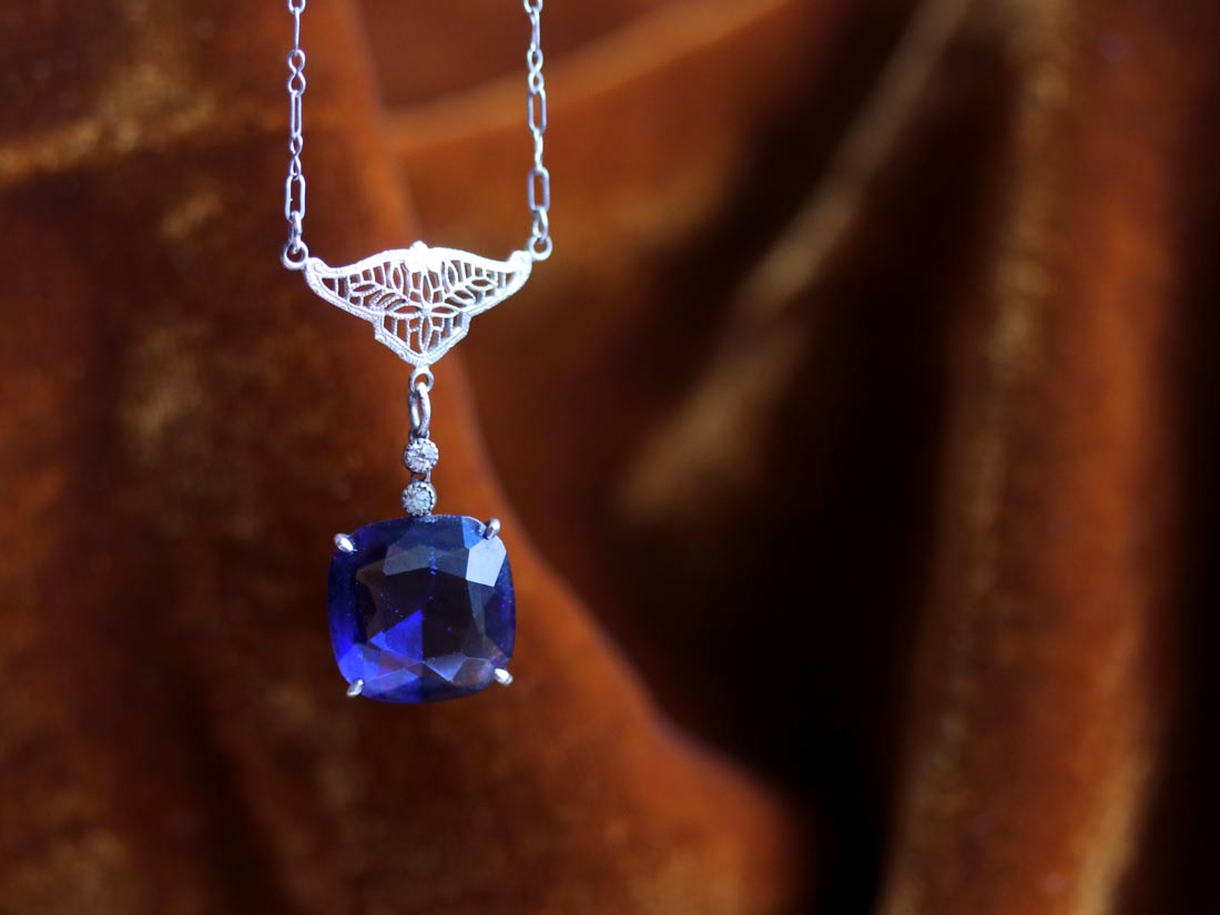 Filigree and sapphire glass lavalier necklace