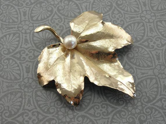 Maple Leaf Brooch with Pearl Center