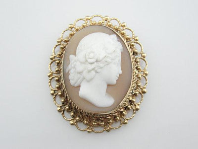 Vintage Natural Shell Cameo Gold Filigree Brooch