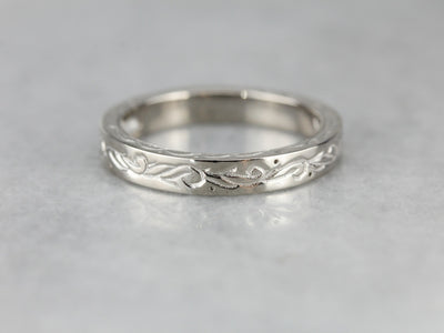 Engraved Patterned White Gold Wedding Band